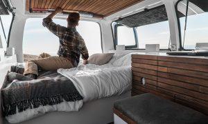 zach-both-chevy-cargo-van-mobile-filmmaking-studio-vanual-designboom-08